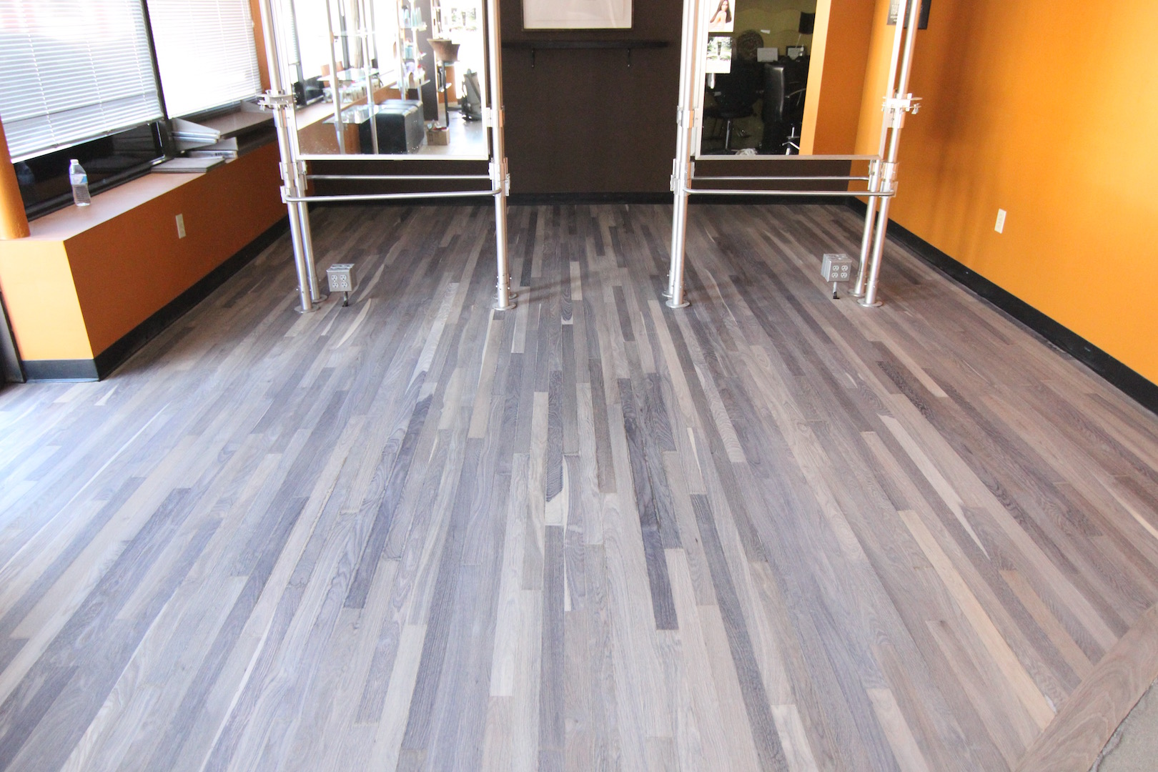 reclaimed oak flooring get this look without the price - Gray Wash Hardwood Floor
