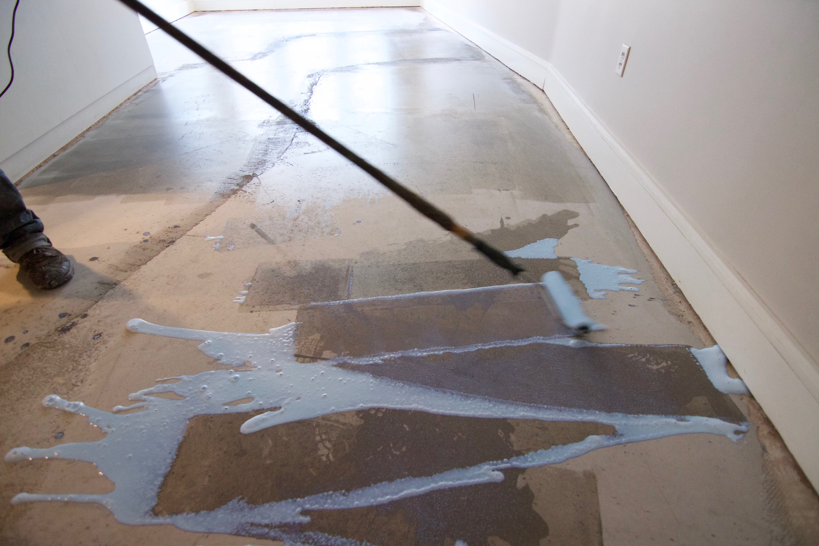 concrete floor leveling for engineered wood floors