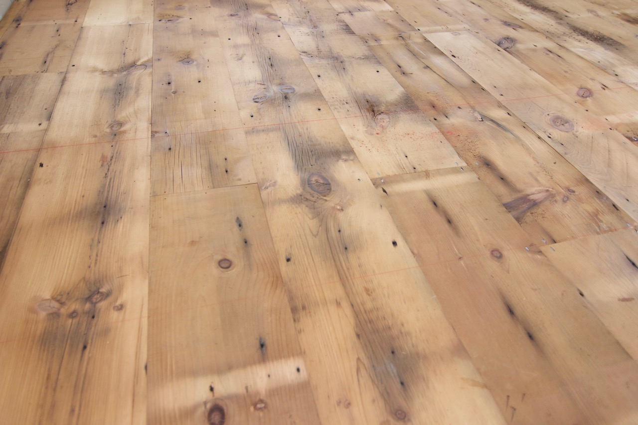 reclaimed white pine flooring