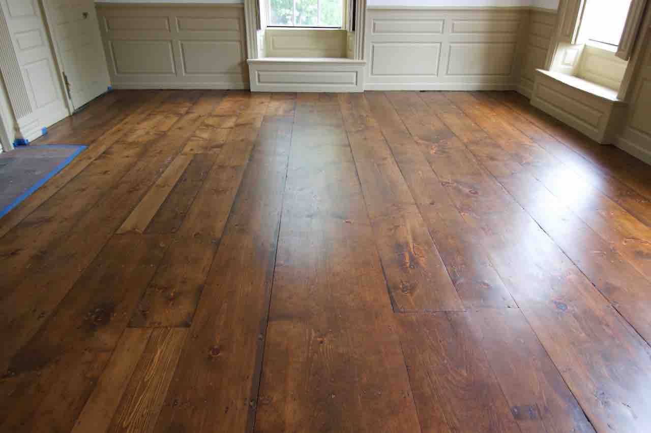 stain pine floors